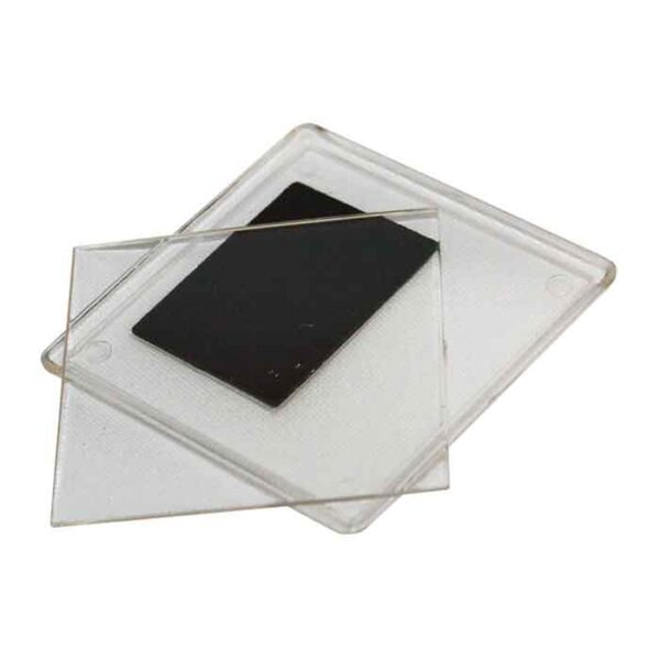Akrilni magnet dimenzije 64x64mm