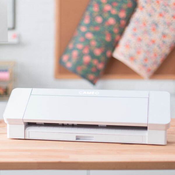 Silhouette Cameo 4, Profesionalni hobby cutter